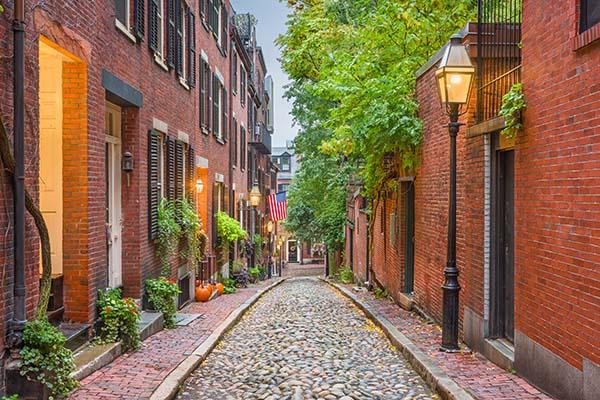 acorn-street-in-boston-massachusetts